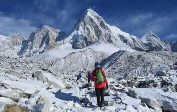 The Ultimate Trekking Guide to Mount Everest Base Camp