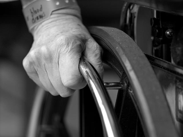 Tips to Choose a Walking Aid - Disabilities